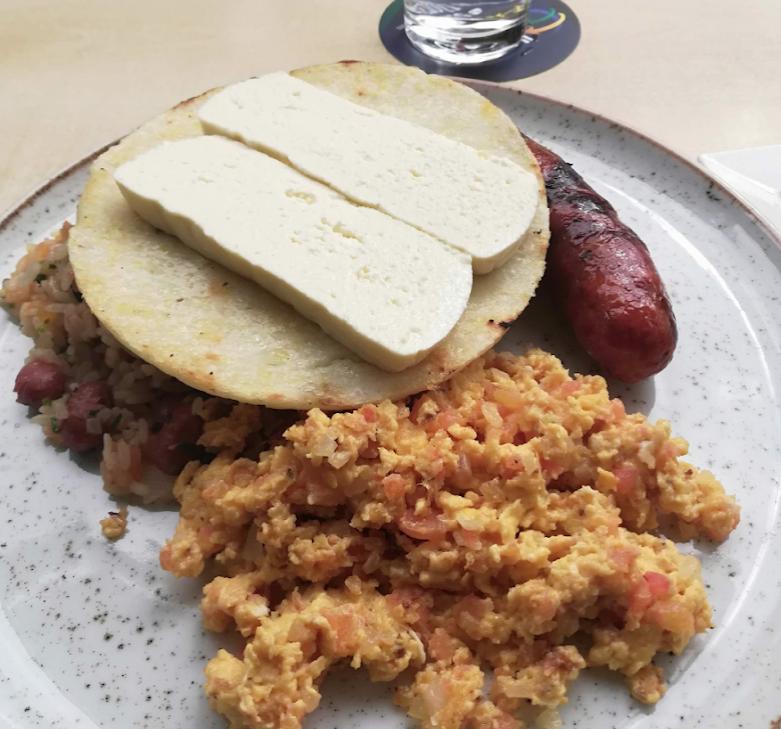 bandeja-paisa-breakfast