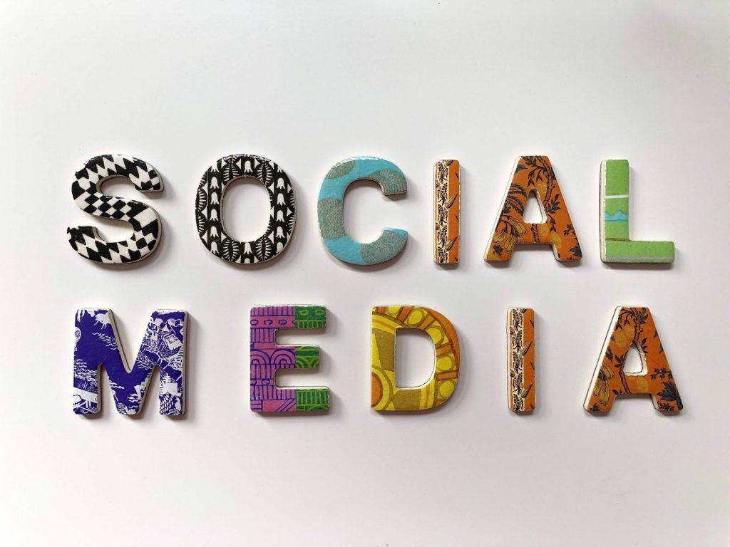 social-media-letters